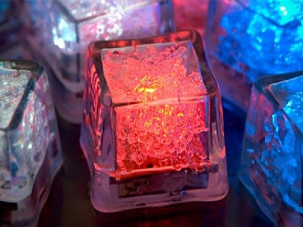Cubo de Gelo Luminoso